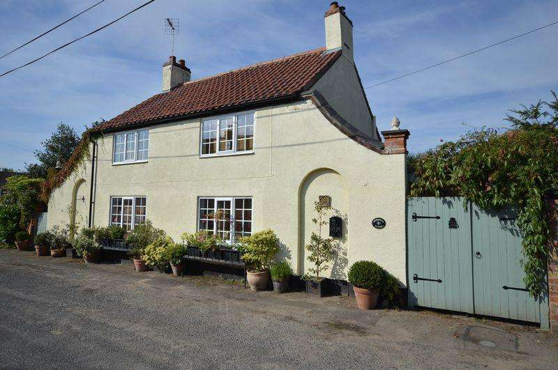 2 Bedrooms Cottage House for sale in Michaelmas Cottage, 28 Church Lane, Timberland