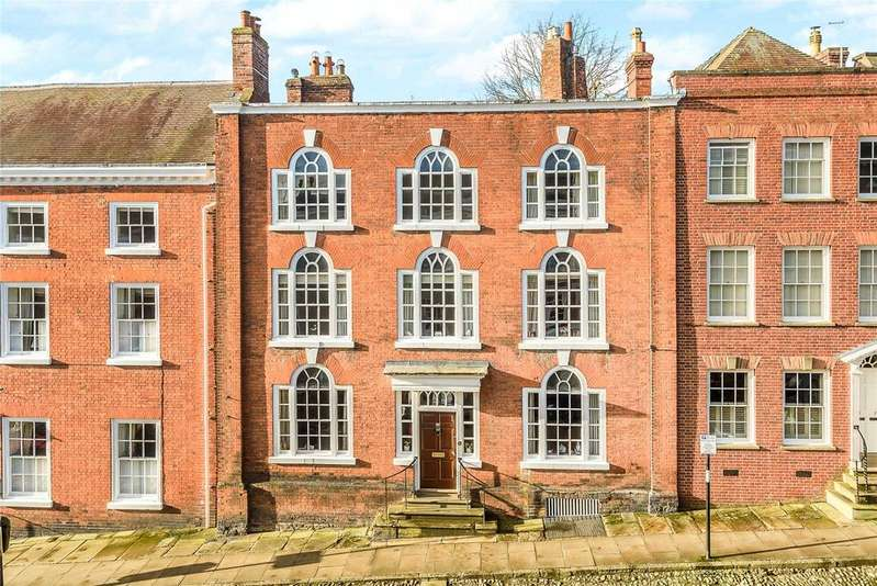 6 Bedrooms Terraced House for sale in Broad Street, Ludlow, Shropshire