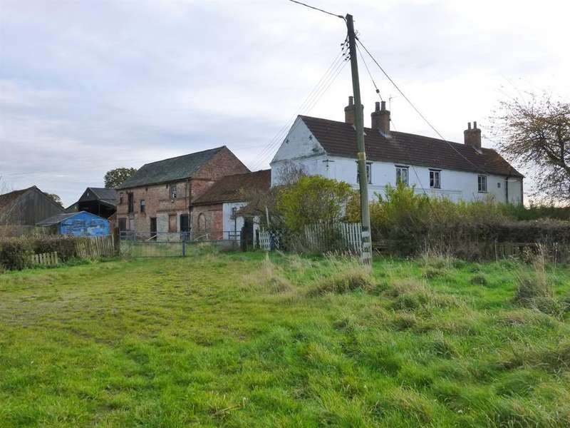 3 Bedrooms Farm House Character Property for sale in Leyfield Farm, Wiseton, Doncaster, DN10 5AQ
