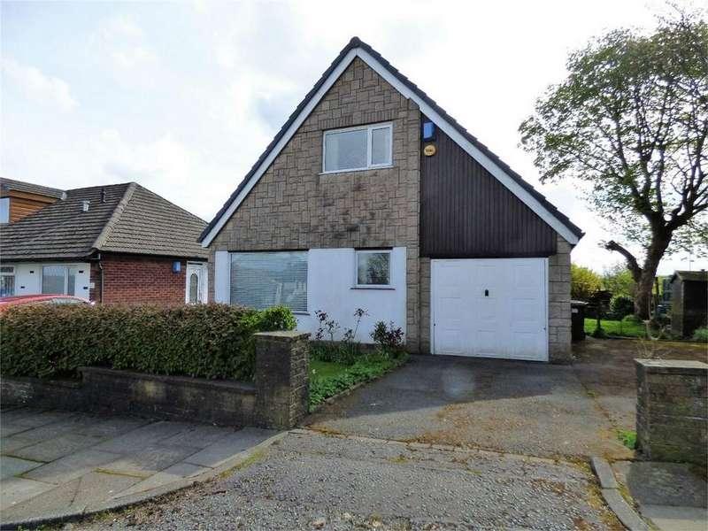 2 Bedrooms Detached Bungalow for sale in Otterburn Road, BLACKBURN, Lancashire