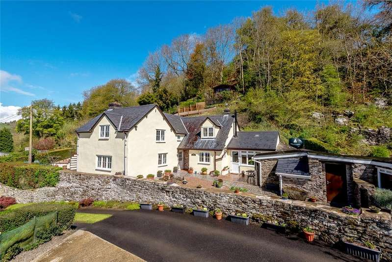 3 Bedrooms Detached House for sale in Cefn Einion, Bishops Castle, Shropshire
