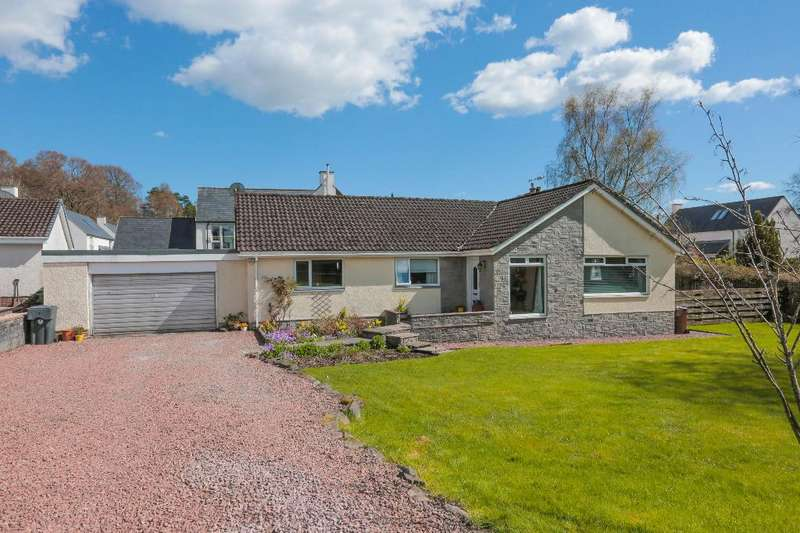 4 Bedrooms Detached House for sale in Lagrannoch Drive, Callander, Stirling, FK17 8DW