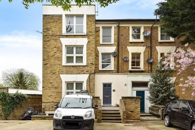2 Bedrooms Flat for sale in Mount Avenue, Ealing