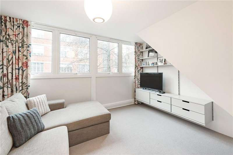 2 Bedrooms Flat for sale in Holcroft Court, Clipstone Street, Fitzrovia, London, W1W