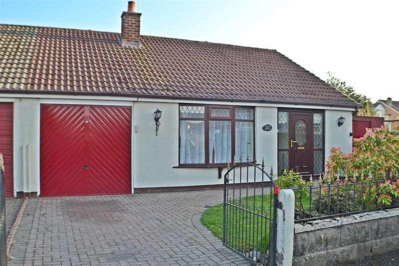 3 Bedrooms Bungalow for sale in Arlington Drive, Penketh, Warrington