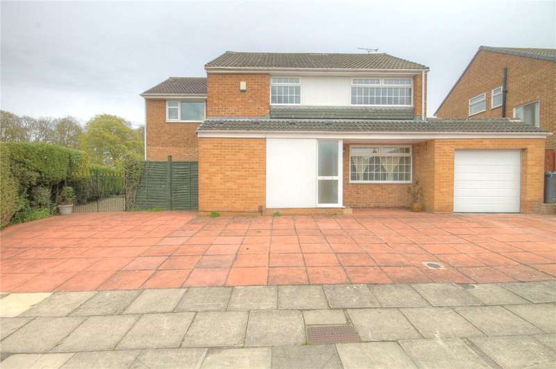 3 Bedrooms Detached House for sale in Edgecombe Drive, Darlington, DL3