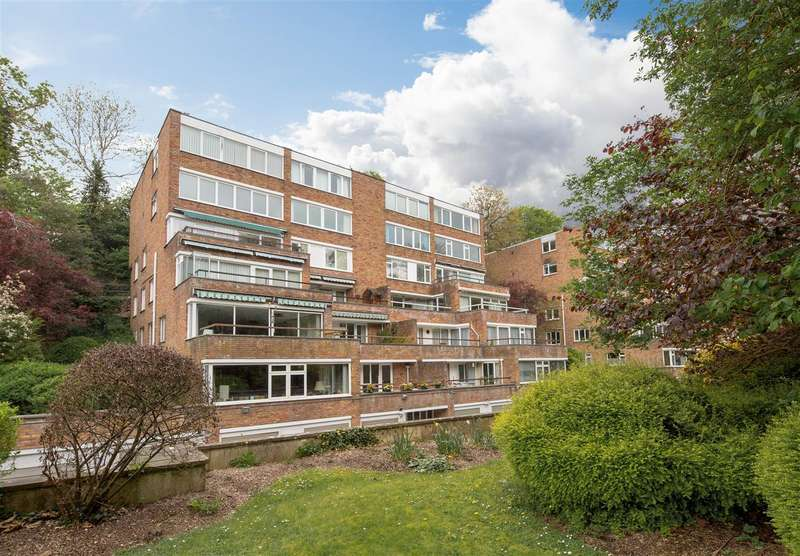 2 Bedrooms Flat for sale in Druid Woods, Stoke Bishop