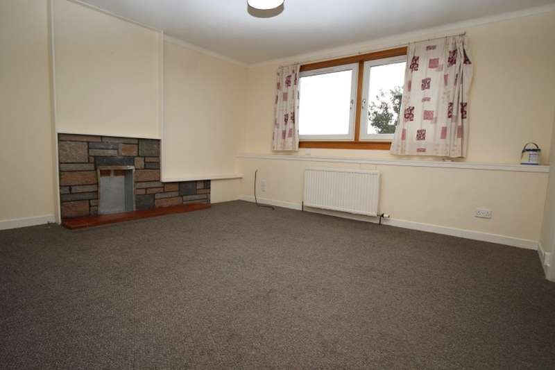 3 Bedrooms Flat for rent in Montrose Street, Brechin, DD9