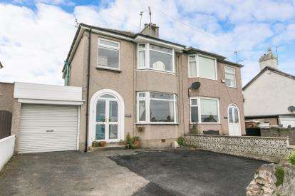 3 Bedrooms Semi Detached House for sale in High Street, Abergele, Conwy, North Wales, LL22