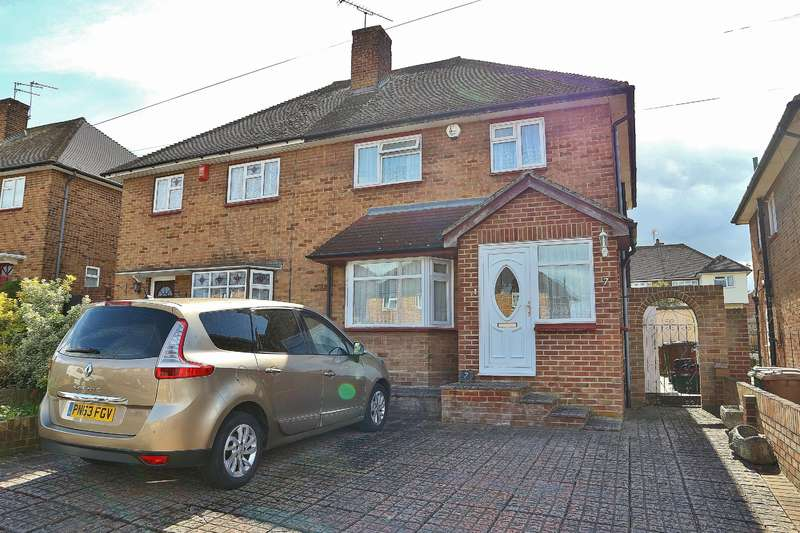 3 Bedrooms Semi Detached House for sale in Milton Road, Welling, Kent, DA16 3NA