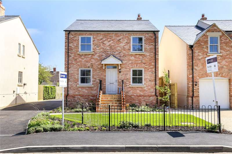 4 Bedrooms Detached House for sale in Laxton House, Lake Lane, Frampton On Severn, Gloucestershire, GL2