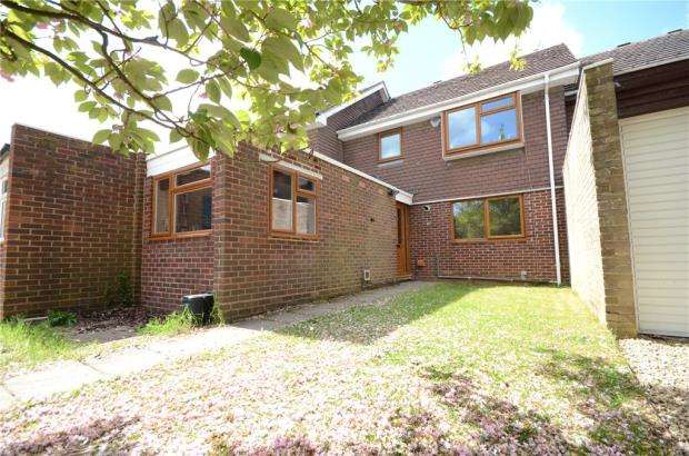 3 Bedrooms Terraced House for sale in Tithe Barn Drive, Maidenhead, Berkshire