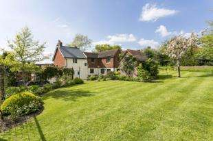 6 Bedrooms Detached House for sale in Lewes Road, Ridgewood, Uckfield, East Sussex