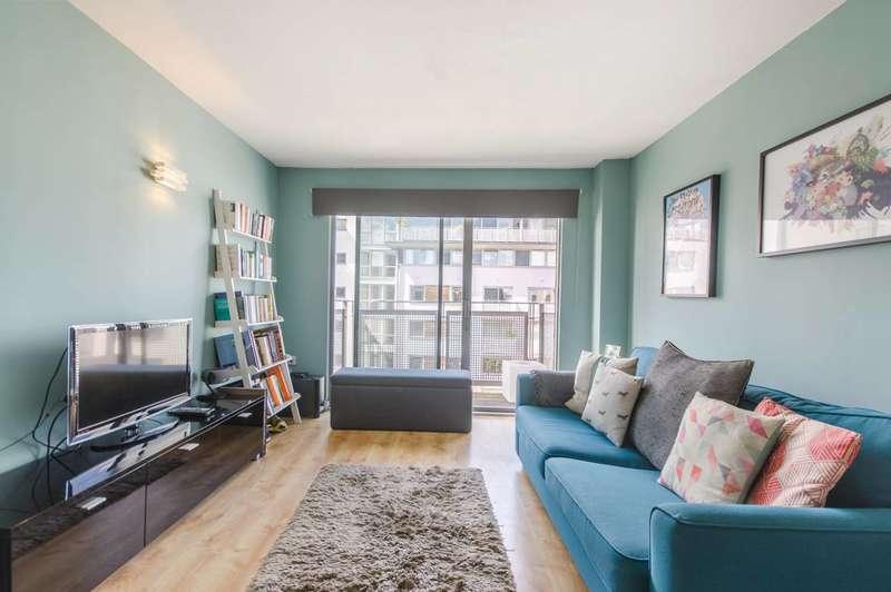 1 Bedroom Flat for sale in Deals Gateway, Deptford, SE13