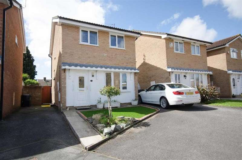 3 Bedrooms Detached House for sale in Benford Close, Downend, Bristol, BS16 2UD