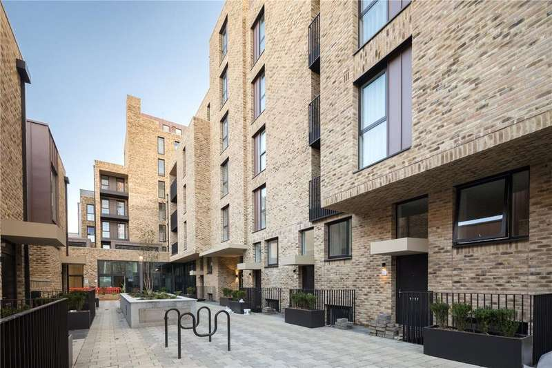 3 Bedrooms Apartment Flat for sale in Grays Inn Road, Kings Cross, WC1X