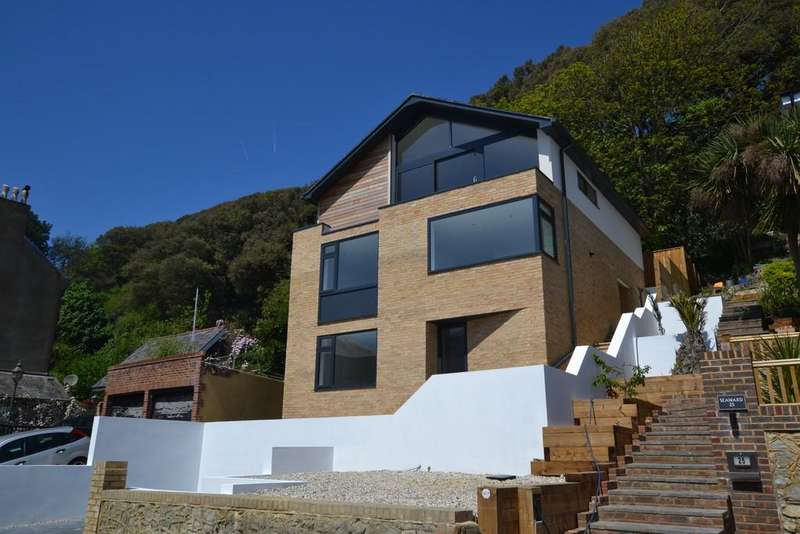 4 Bedrooms Detached House for sale in Radnor Cliff, Folkestone, Kent