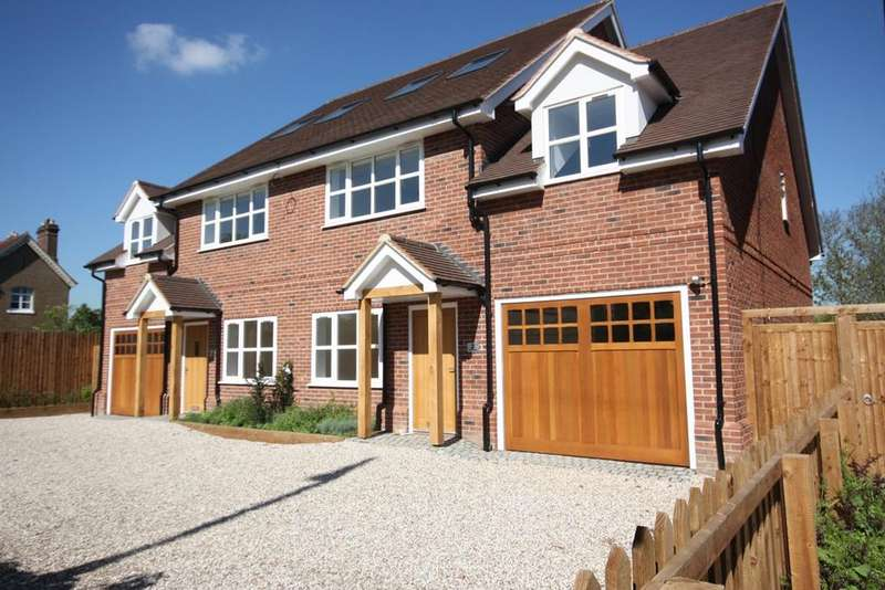 4 Bedrooms Semi Detached House for sale in Chelmsford Road, Shenfield, Brentwood, CM15