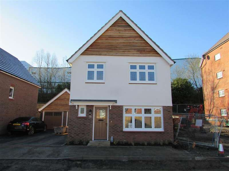 3 Bedrooms Detached House for rent in Wensleydale , Tamworth, Staffordshire