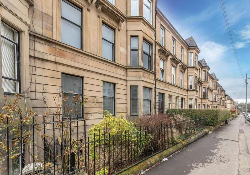 3 Bedrooms Apartment Flat for sale in 5 Broomhill Terrace, Broomhill, G11 7AG