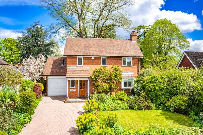 3 Bedrooms Detached House for sale in Juniper House, Goring on Thames, RG8