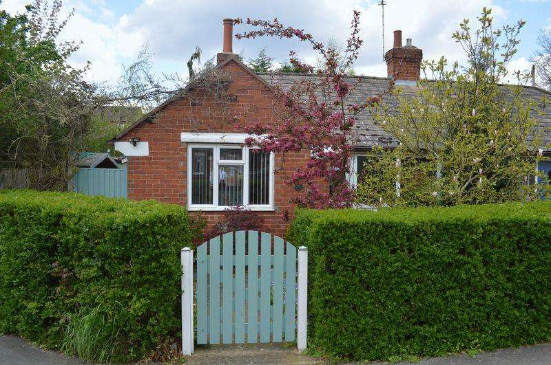 1 Bedroom Semi Detached Bungalow for sale in Holly Street, Lincoln