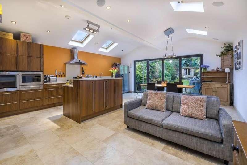 4 Bedrooms Semi Detached House for sale in Sunningdale, Berks