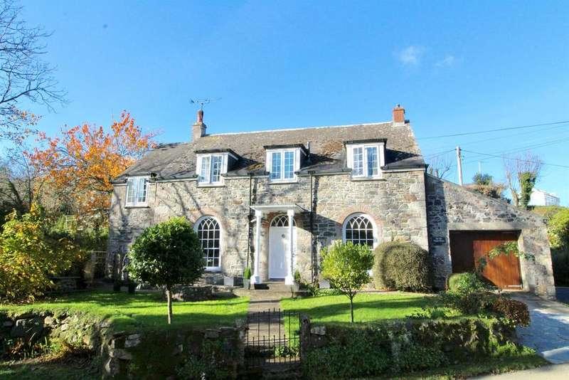 3 Bedrooms Detached House for sale in Tregidden, St. Martin, Helston