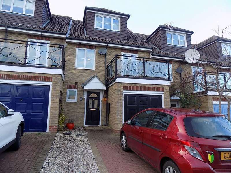 4 Bedrooms Terraced House for sale in GILLINGHAM