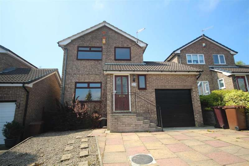 3 Bedrooms Detached House for sale in 27 Hunters Drive, Burnley