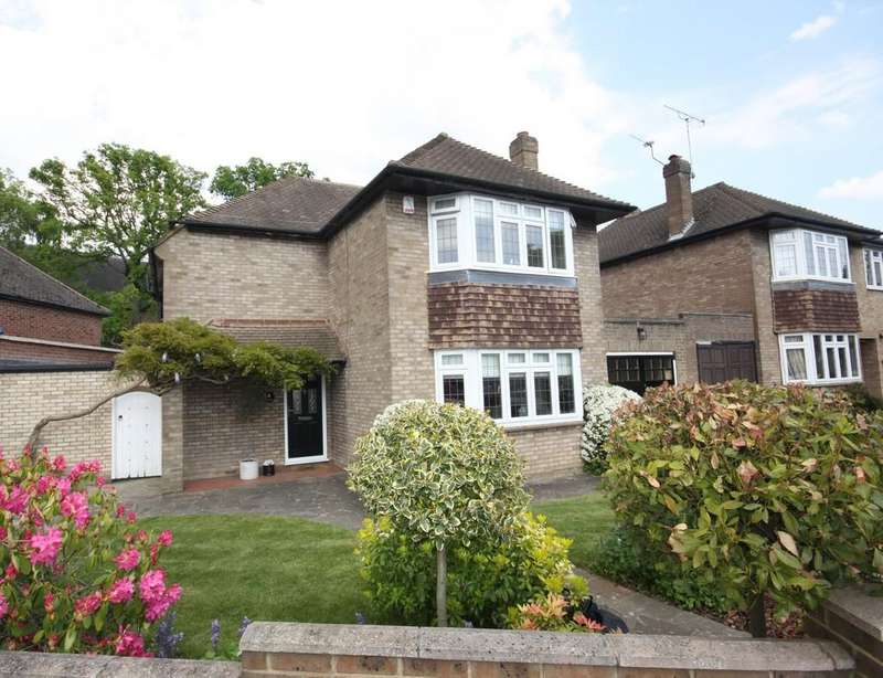 3 Bedrooms Detached House for sale in Willett Way, Petts Wood