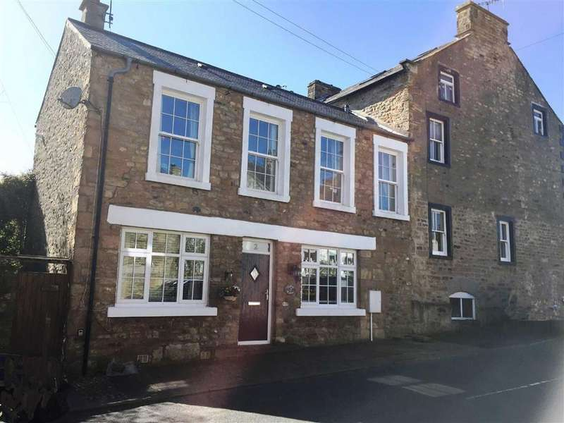 2 Bedrooms Cottage House for sale in Duke Street, Burton In Lonsdale