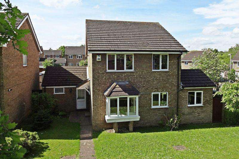 4 Bedrooms Detached House for sale in Ennerdale Path, Flitwick