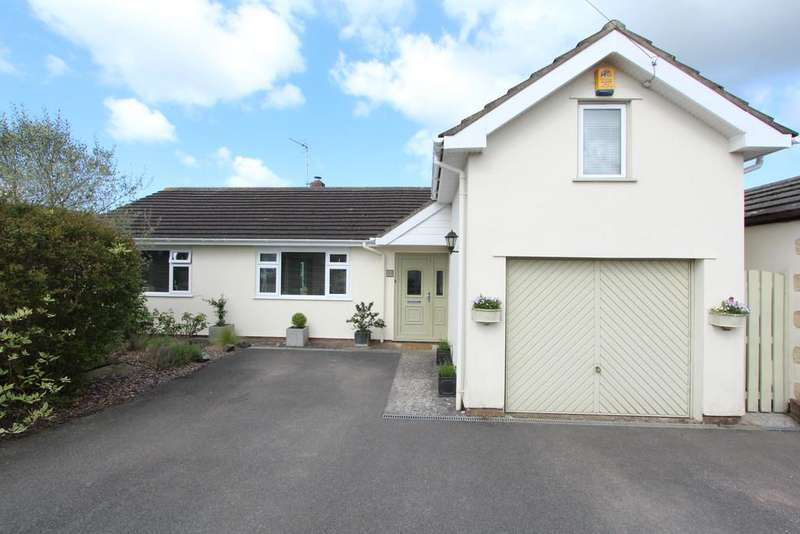 4 Bedrooms Chalet House for sale in Popular Wrington village location