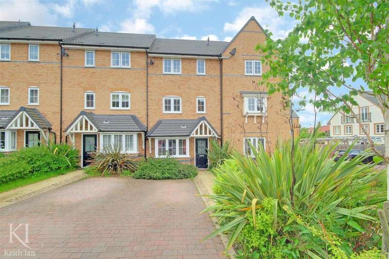 4 Bedrooms Terraced House for sale in Close to schools, Gallows Way, Hertford -Ex Showhome