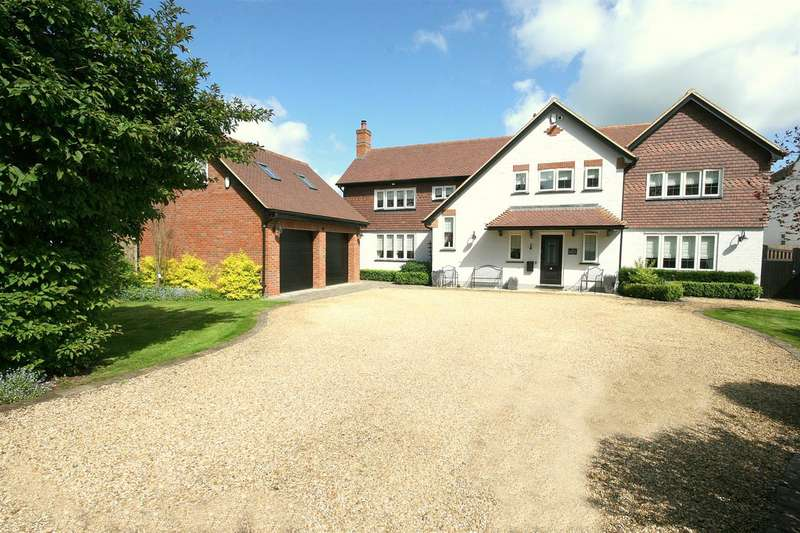 4 Bedrooms Detached House for sale in The Gate House, Eaton Bray, Beds