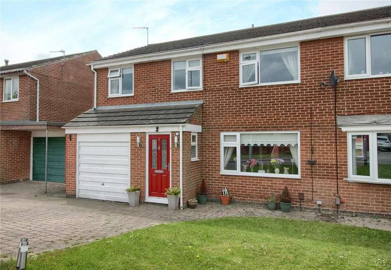 4 Bedrooms Semi Detached House for sale in Hoope Close, Yarm