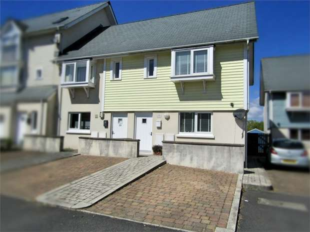 2 Bedrooms Semi Detached House for sale in Pentre Nicklaus Village, Llanelli, Carmarthenshire