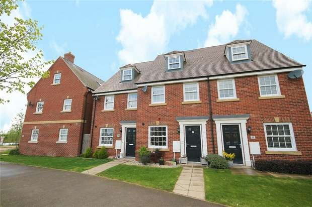 3 Bedrooms Town House for sale in Southern Cross, Wixams, Bedford