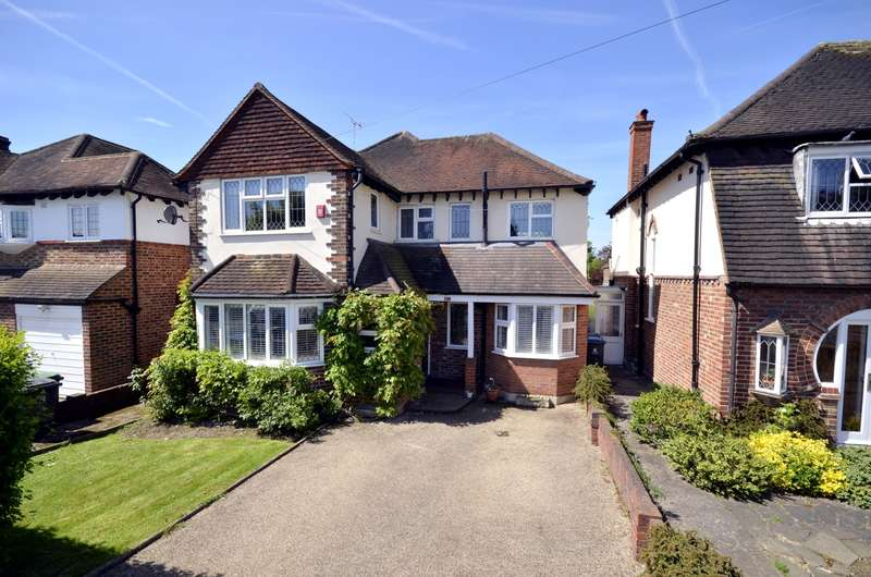 4 Bedrooms Detached House for sale in Coombeside