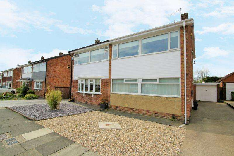 3 Bedrooms Semi Detached House for sale in Ashton Road, The Glebe, Norton, TS20 1QW