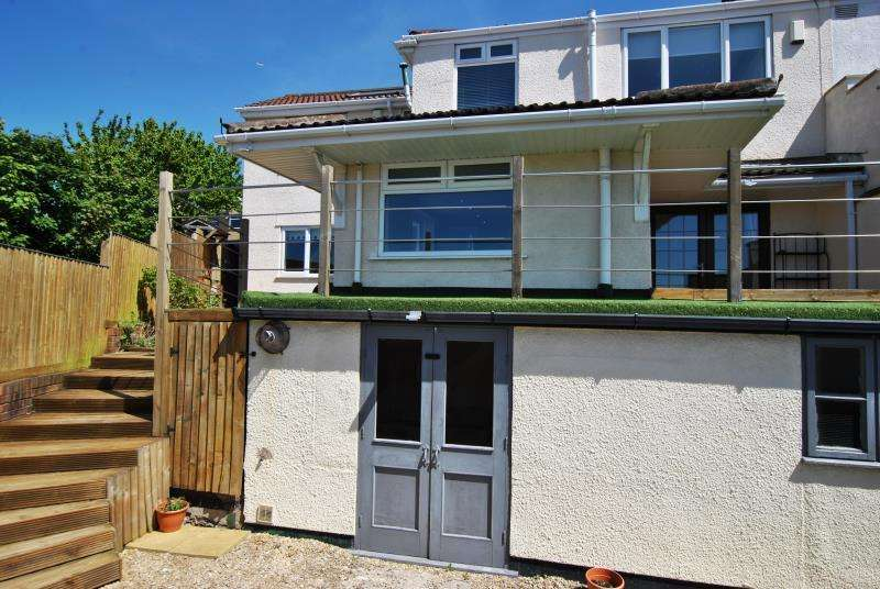 4 Bedrooms End Of Terrace House for rent in Ravenhill Road, Lower Knowle, Bristol BS3 5BW