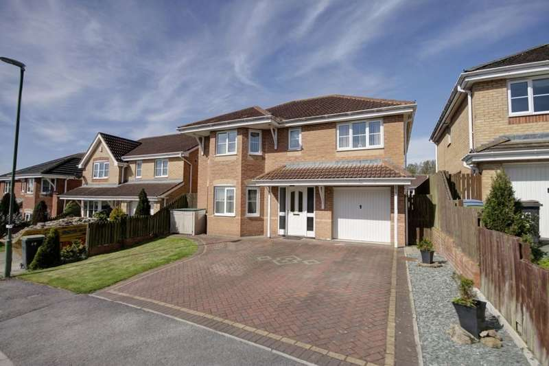 4 Bedrooms Detached House for sale in Langdon Close, Consett, DH8