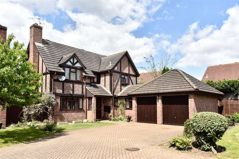 4 Bedrooms Detached House for sale in Lowry Close, College Town, Sandhurst, Berkshire, GU47