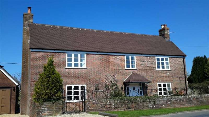 4 Bedrooms Cottage House for sale in Chalbury, Wimborne, Dorset