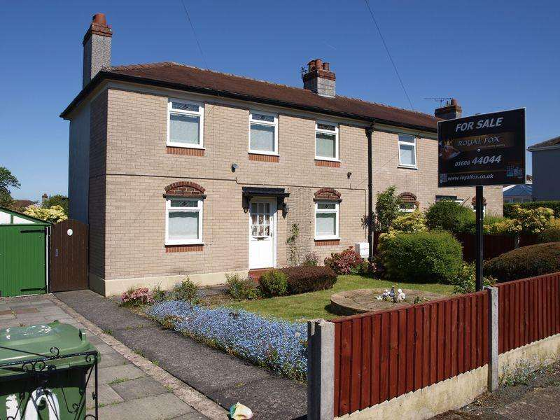 3 Bedrooms Semi Detached House for sale in Clitheroe Road, Weaverham, CW8 3LW