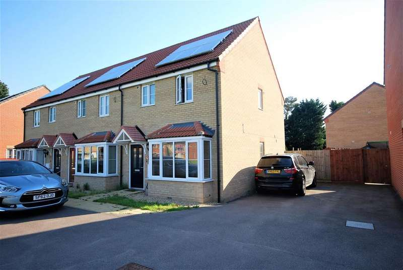 3 Bedrooms Terraced House for sale in Viscount Close, Pinchbeck, Spalding