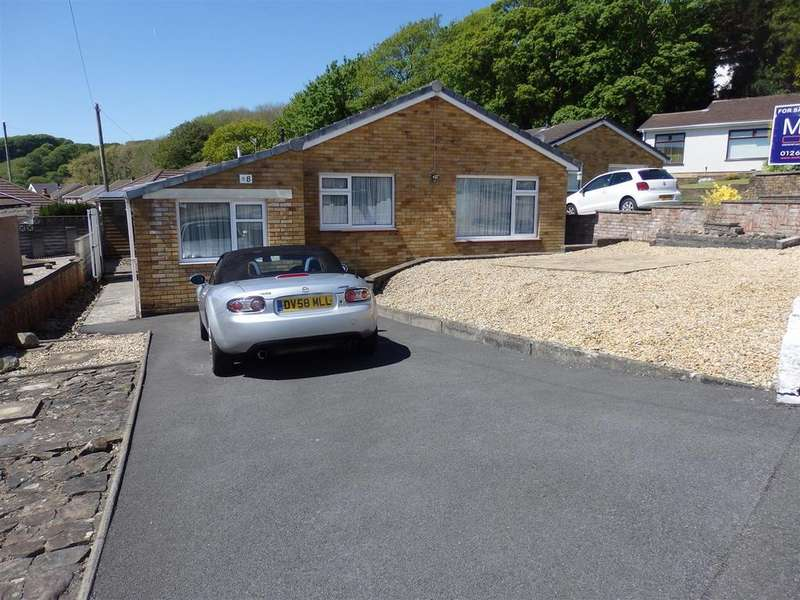 3 Bedrooms Detached Bungalow for sale in Isfryn Close, Burry Port