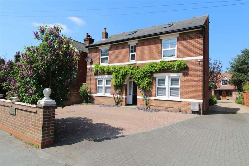 4 Bedrooms Detached House for sale in London Road, Stanway, Colchester