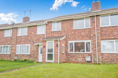 3 Bedrooms Terraced House for sale in Linnet Close, Patchway, Bristol, Gloucestershire
